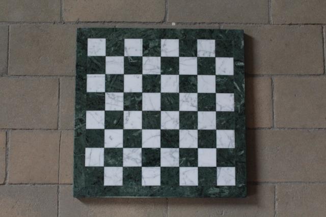 Schachbrett, grüner Granit und Marmor, 34 x 34 cm