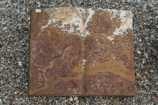 Nr. 05, 50 x 40 x12 cm, Onyx  Buch