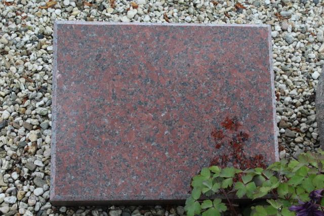 Nr. 344, 50x40x12cm, Imperial Red