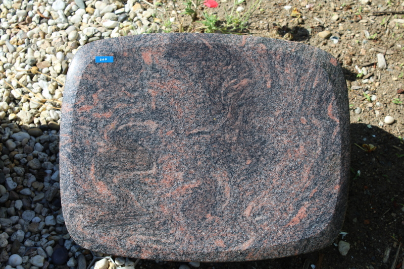 Nr. 360, 45 x 35 x 12 cm, Aurindi Granit