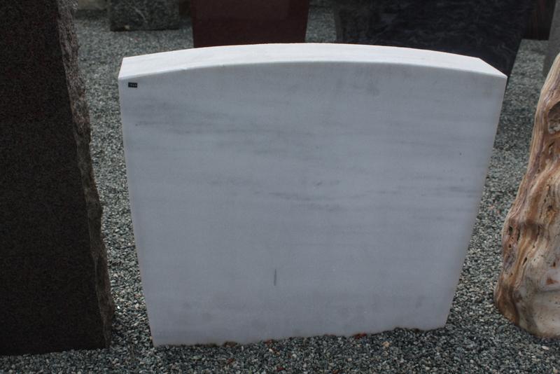 Nr. 246; 80 x 70x 15cm, Marmor